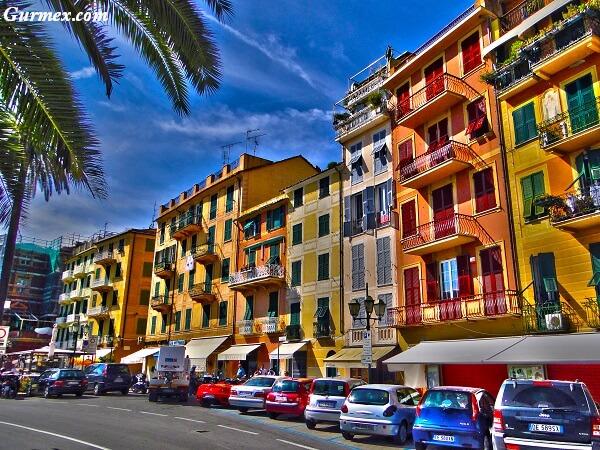 Santa-Margherita-sokaklari-ne-alinir-gezilecek-yerler-gezi-rehberi