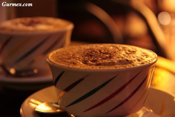 cinque-terre-italya-cappuccino-ne-icilir-nerede-icilir