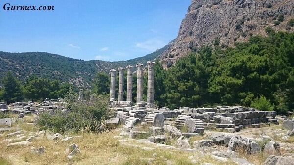 priene-antik-kenti-soke-aydin-giris-ziyaret-saatleri-ucretleri-hediyelik-ne-alinabilir