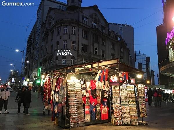 belgrad-gece-hayati-sirbistan-otobusle-balkanlar-turu