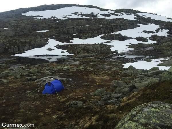 norvecte-kamp-yerleri-alanlari-trolltunga-norvec-gezi-blog