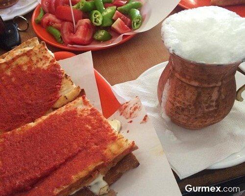 Susurluk ayranı nerede içilir, Susurluk tostu nerede yenir, Balıkesir yemekleri,Balıkesir mutfağı, yemek mutfak kültürü yeme içme