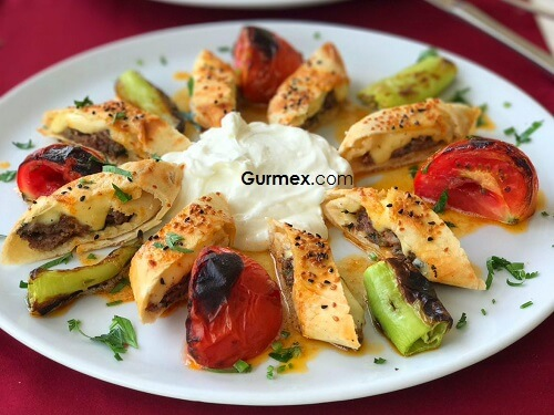 Kaş'ta Kebap beyti sarma nerede yenir,Antalya Chillies Kalkan