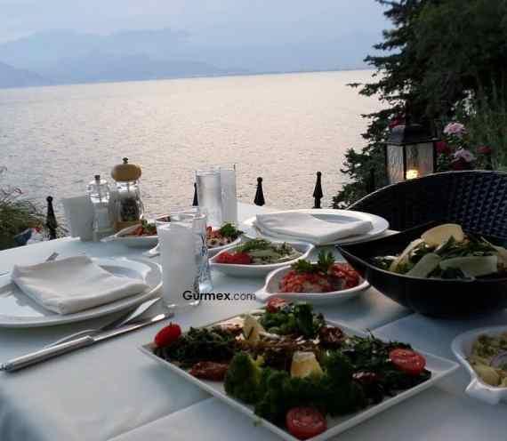 Nejat Balık Antalya: Antalya'da Rakı Balık Nerede Yapılır?