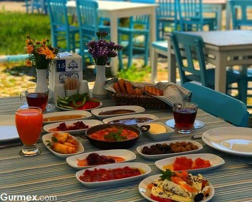 Bozcaada'da kahvaltı blog