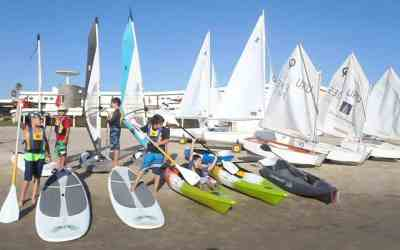 Sailing lessons, boat & windsurf rental in Montevideo