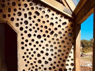 Caliu Earthship Hotel Eco Wall