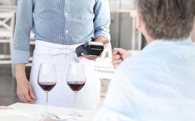 Using credit cards in Uruguay: get 22% VAT off