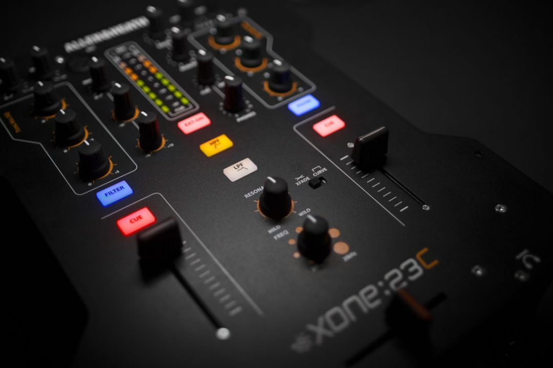 Xone23C-closeup