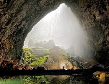 Espectaculares imágenes capturadas por un dron en la cueva más grande del mundo