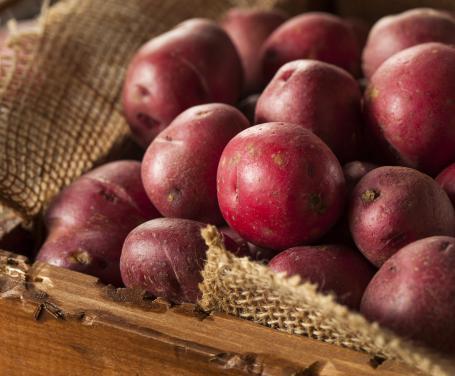 Risultati immagini per patate rosse piccole