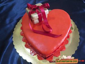 torta cuore san valentino, decorata e buonissima