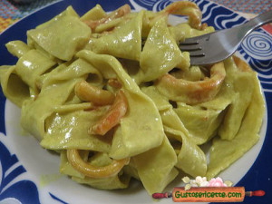 Pappardelle agli asparagi e calamari