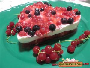 Cheesecake anguria e frutti di bosco