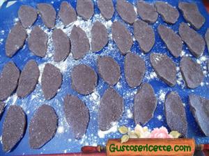 Gnocchi di riso cinesi con riso nero integrale