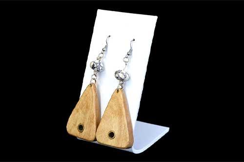 Ohrringe aus Holz