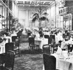 Café Monico. Piccadilly Circus, London