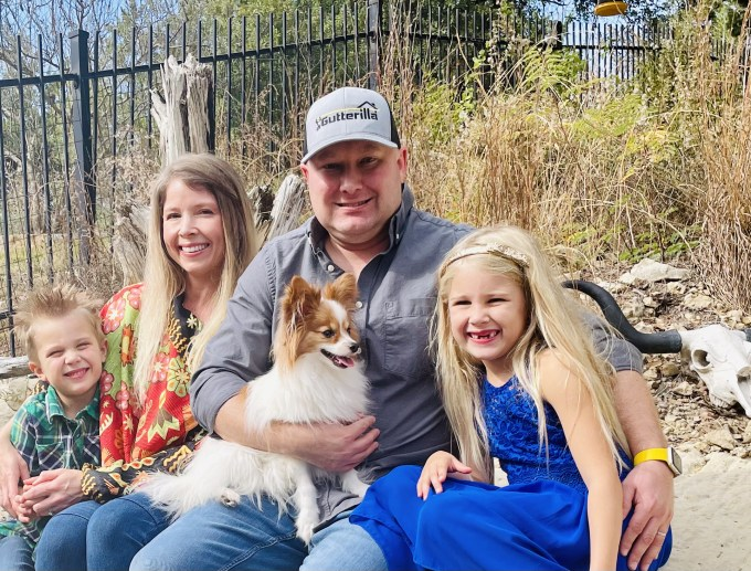 Author & Founder – Shawn Mansur & family: Shelley, Scarlett, Sterling, & puppy Silas.