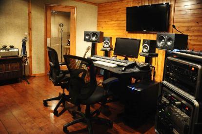 Guy Erez Recording studio1