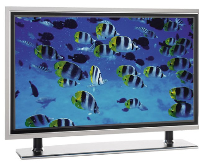 Men Want Big Screen Tvs Impressive Stereo Systems High Tech Phones And New Gaming Consoles These Gifts Are Pricey But Men Love Them