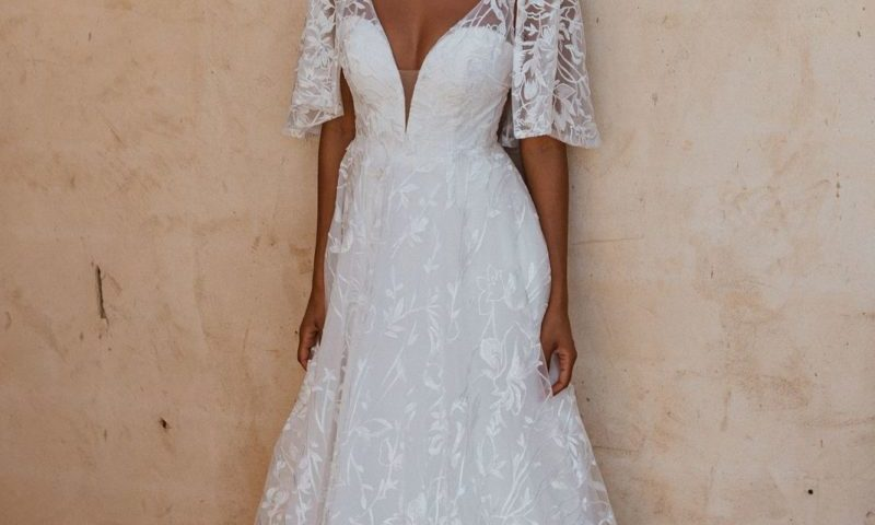 Tania Olsen TC365 Naples A-Line Cape Wedding Dress $930
