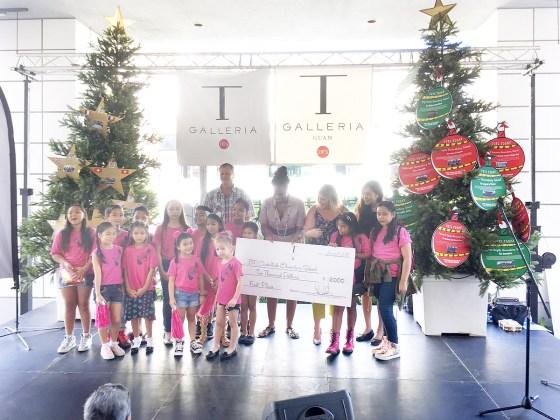 B.P. Carbullido Elementary School フェスティバル オブ ツリー 2017 授賞式 (Tギャラリアグアム)