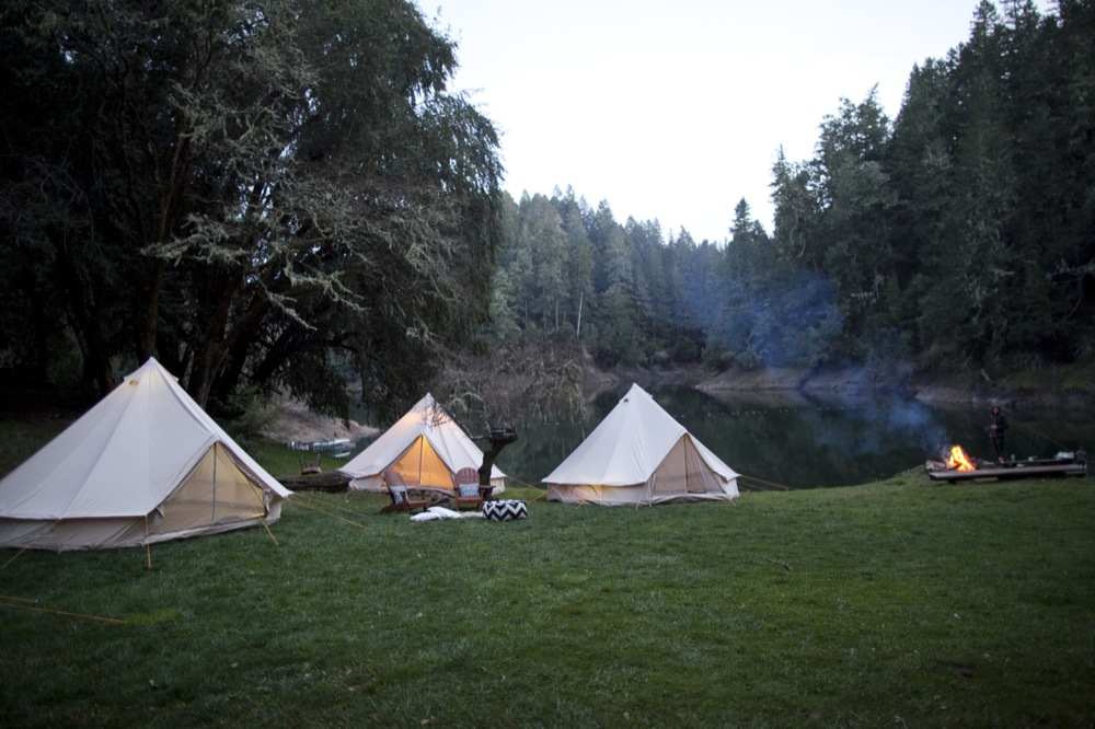 Corporate retreat in the woods sans the drawbacks of porting all the gear. Generations of family c&ing expedition. Weddings wine tasting sleep overs ... & Missed Summer Camp? Refined Pop Up Tents | Gwen Books