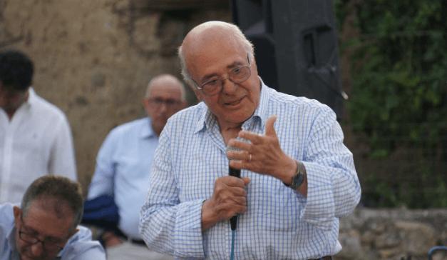 Cuccaro Vetere: il 5 agosto l'intitolazione della piazza all'On. Antonio Valiante, ci sarà anche De Luca - Gwendalina.tv