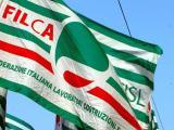 Bandiera Filca Cisl - la sicurezza sui cantieri prima di tutto.