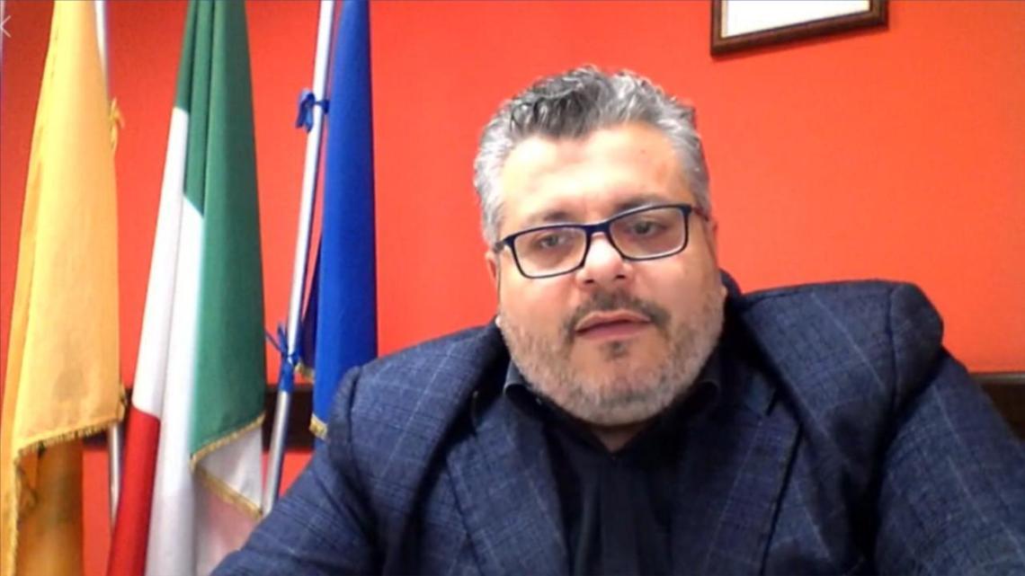 Agropoli, il sindaco Coppola pronto a fermare la protesta degli ULTRAS - Gwendalina.tv