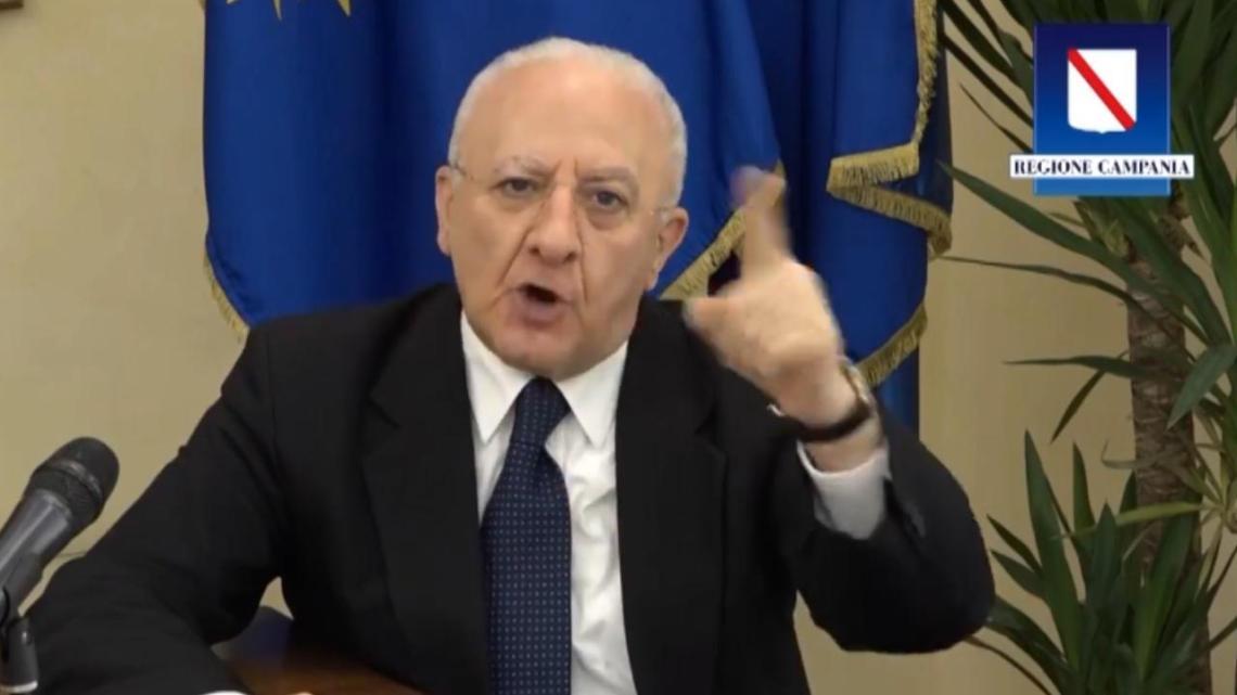 "Covid, De Luca: ""Tra un mese rischiamo cinquemila contagi"" - Gwendalina.tv"
