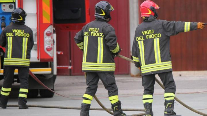 Vatolla: esplosione nella fabbrica di fuochi d'artificio - Gwendalina.tv