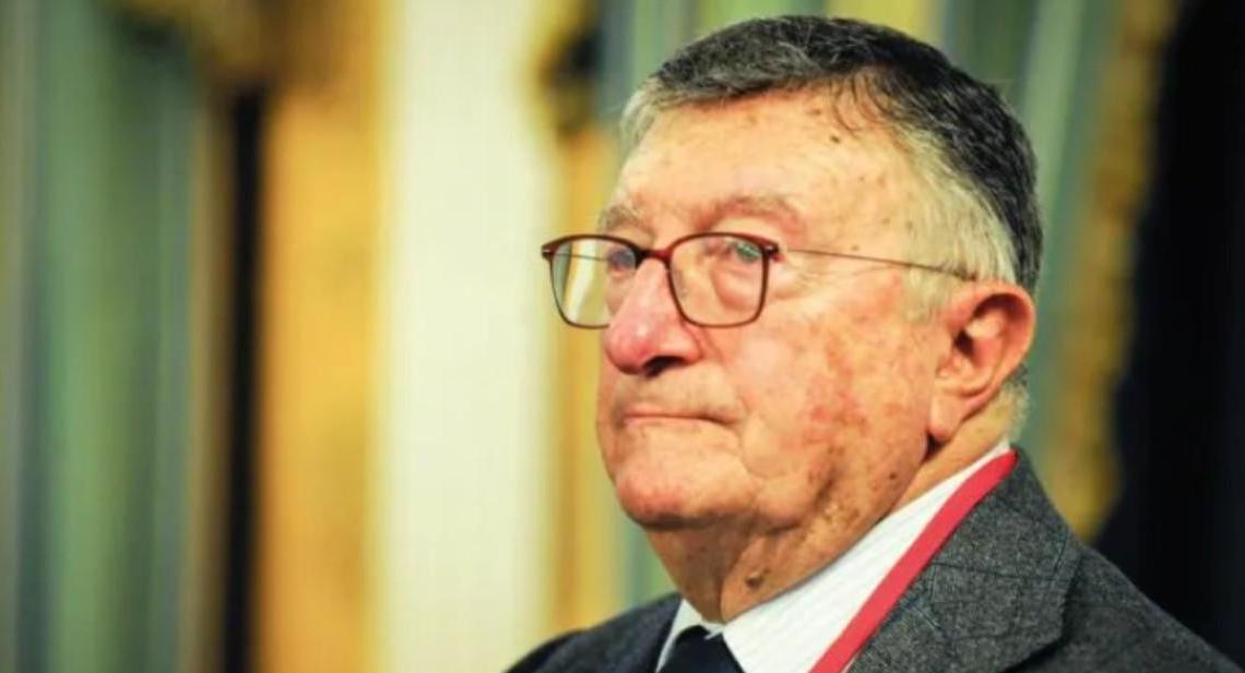 """Il virologo Tarro contro De Luca: """"Non capisce nulla, andrebbe segnalato alla magistratura"""" - Gwendalina.tv"""