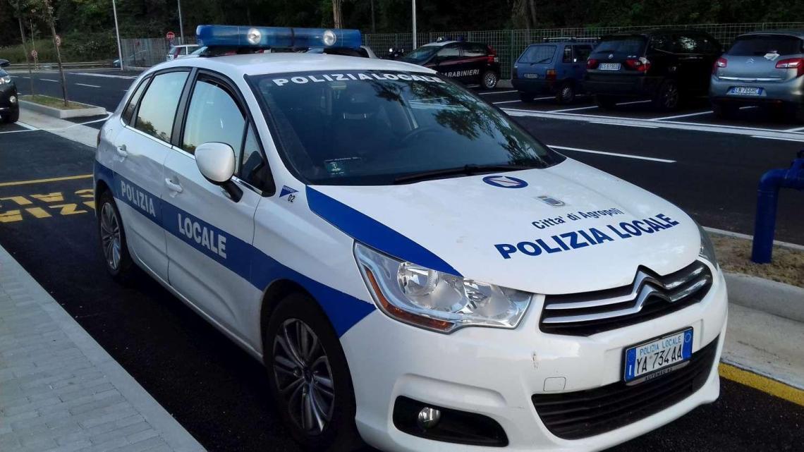 Agropoli: aggredito vigile urbano, frattura al costato - Gwendalina.tv