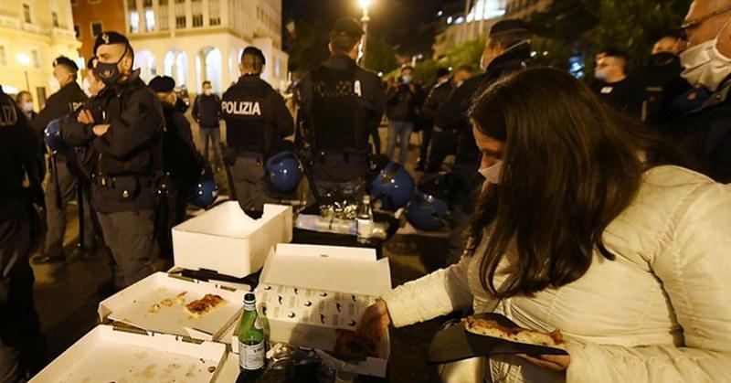 """Salerno, """"cena della libertà"""": interviene la polizia - Gwendalina.tv"""