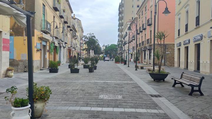 Agropoli, città semideserta nel primo giorno di zona rossa - Gwendalina.tv