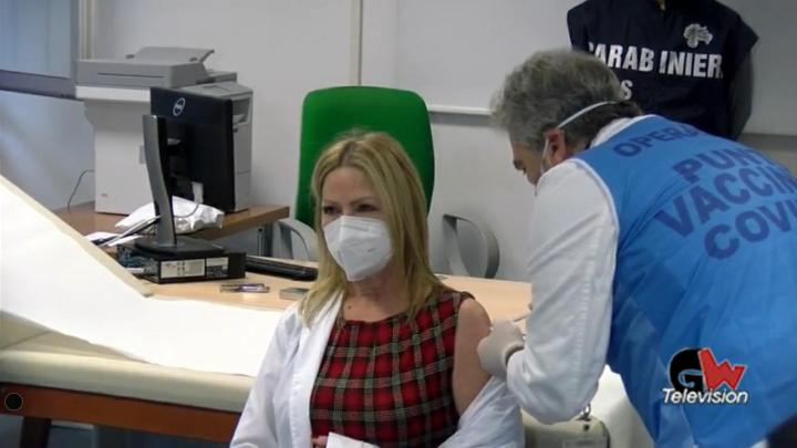 Ritardi Vaccini, parla il viceministro Sileri - Gwendalina.tv