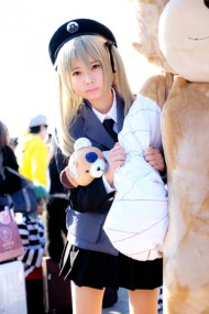 gwigwi.com-comiket-89-day-3-cosplay-103
