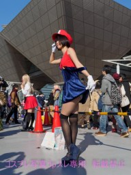 gwigwi.com-comiket-89-day-3-cosplay-38