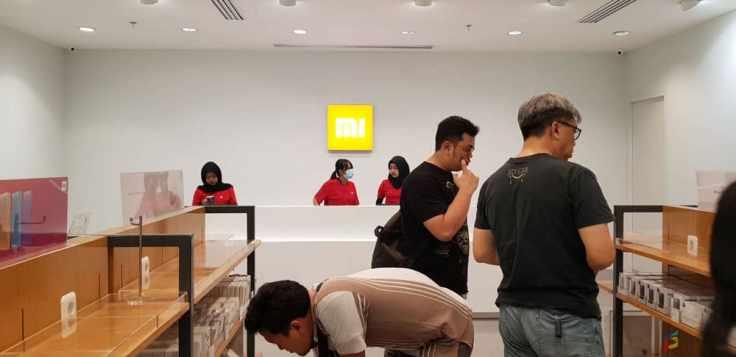 Ciri khas area kasir Xiaomi.