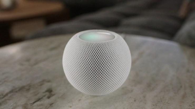 Apple mengeluarkan HomePod Mini seharga $ 99 dengan suara besar dan kecerdasan Siri
