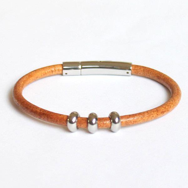 Bracelet homme cuir camel fermoir acier perles acier