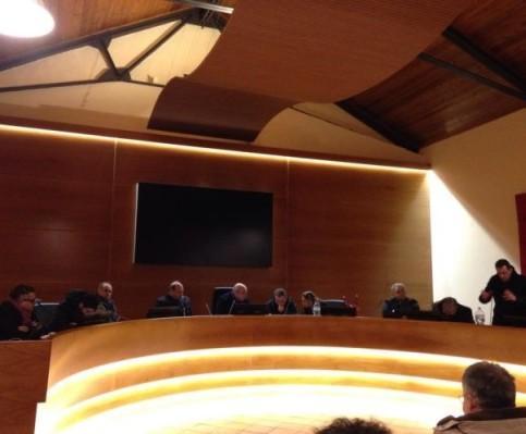 VALLO DELLA LUCANIA – Toni accesi all'ultimo consiglio comunale