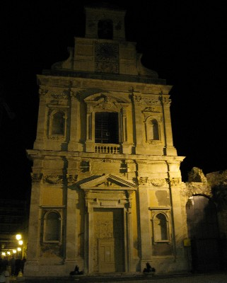 Photo: Gaeta, Italy at night. Credit: Lisa Borre.