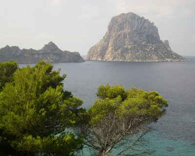 Photo: Islas Vedra and Vedraneli, Ibeza, Spain. Credit: Lisa Borre.