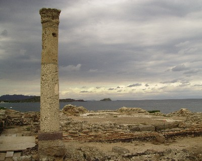Photo: Roman and Phoenician ruins at Nora in Sardinia. Credit: Lisa Borre.