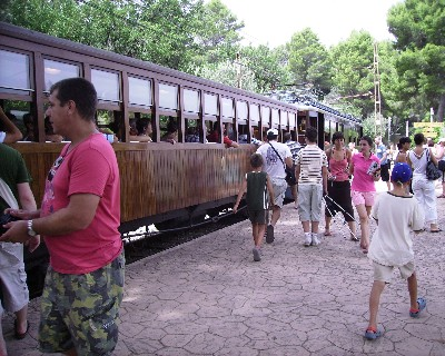 Photo: tourist train to Soller, Mallorca. Credit: Lisa Borre.