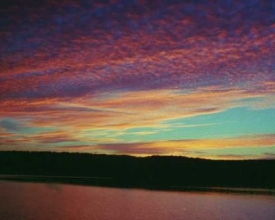 Photo: One of the many exceptional sunsets on Lake Superior. Credit: L. Borre.