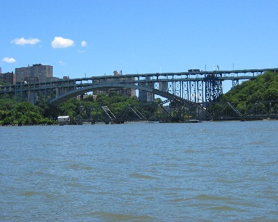 "Photo: Sputen Duyvil (""spitting devil"") Bridge across the Harlem River in New York City. Credit: L. Borre."