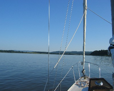 Photo: At anchor in Ossining, New York, near Croton Point. Credit: L. Borre.